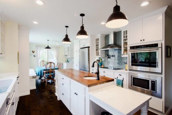 kitchen decorating ideas and designs Remodels Photos Mise en Place Design Bremerton Washington United States farmhouse-kitchen