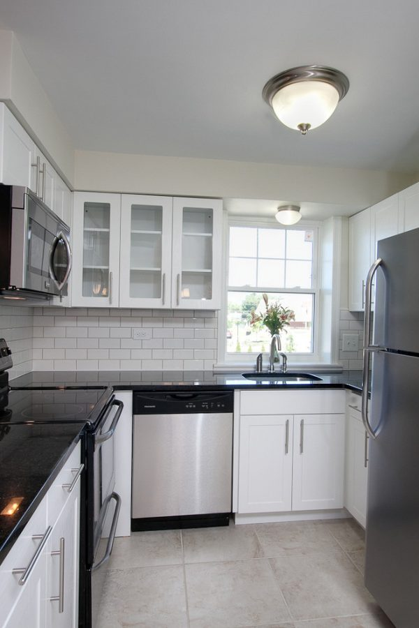 kitchen decorating ideas and designs Remodels Photos PS & DaughtersPhiladelphiaPennsylvania United States transitional-kitchen