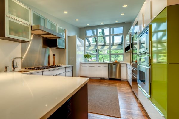 kitchen decorating ideas and designs Remodels Photos Savvy Cabinetry by Design Seattle Washington United States contemporary-kitchen-004