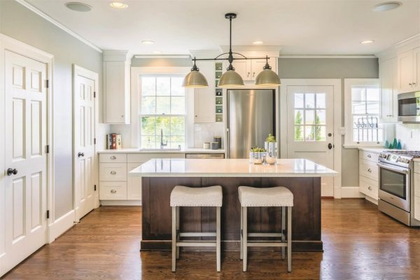 kitchen decorating ideas and designs Remodels Photos Savvy Cabinetry by Design Seattle Washington United States transitional-kitchen-002