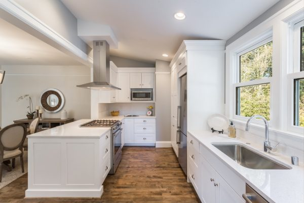 kitchen decorating ideas and designs Remodels Photos Savvy Cabinetry by Design Seattle Washington United States transitional-kitchen-004