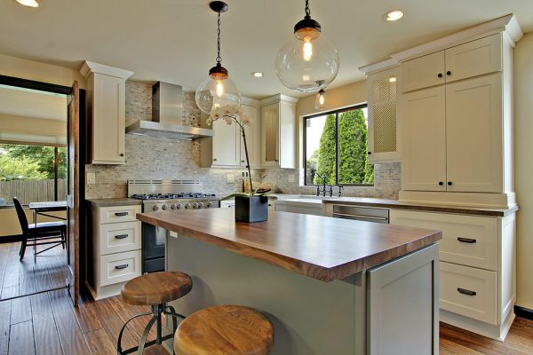 kitchen decorating ideas and designs Remodels Photos Seattle Home Enhancement Seattle Washington United States traditional-kitchen-001