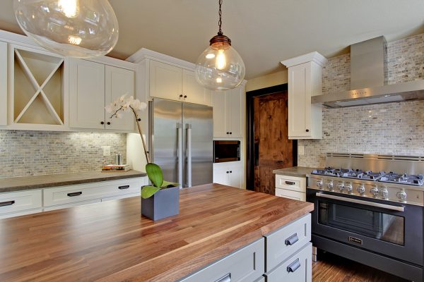 kitchen decorating ideas and designs Remodels Photos Seattle Home Enhancement Seattle Washington United States traditional-kitchen