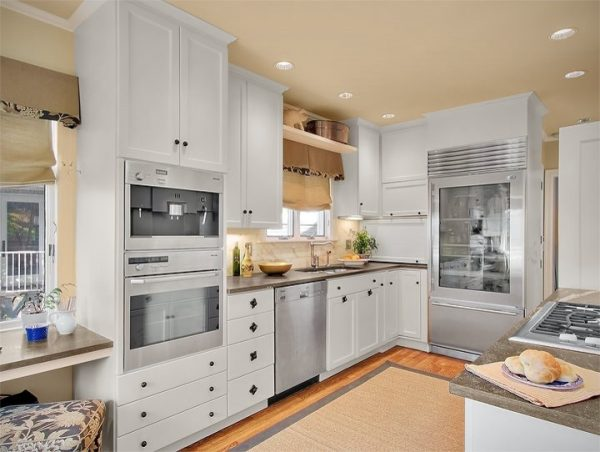 kitchen decorating ideas and designs Remodels Photos Sheila Mayden Interiors Kent Washington United States traditional-living-room