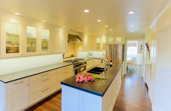 kitchen decorating ideas and designs Remodels Photos Thornton Design Boulder Colorado United States traditional-kitchen-006