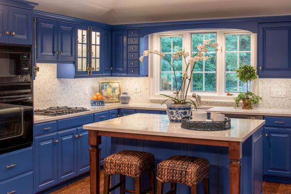 kitchen decorating ideas and designs Remodels Photos Well-Designed Interiors Rumson New Jersey United States kitchen