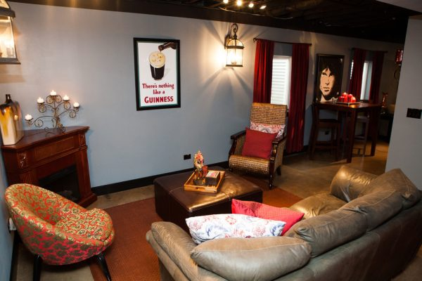 living room decorating ideas and designs Remodels Photos Danielle B. Interiors, Inc Elgin Illinois United States transitional-basement-001