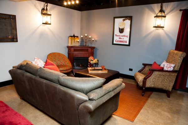 living room decorating ideas and designs Remodels Photos Danielle B. Interiors, Inc Elgin Illinois United States transitional-basement-002