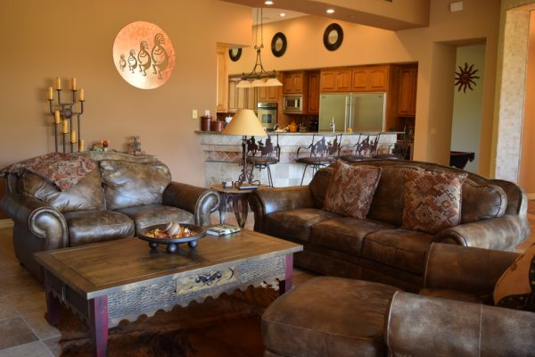 living room decorating ideas and designs Remodels Photos Design With Distinction, LLC Tempe Arizona United States southwestern-family-room