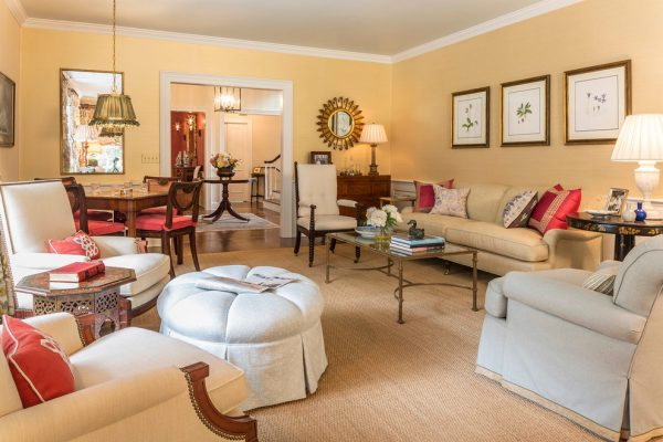 living room decorating ideas and designs Remodels Photos Elizabeth Guest Interiors, LLC Stanton New Jersey United States traditional-living-room