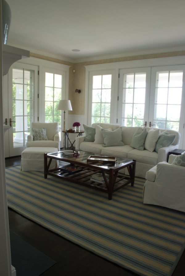 living room decorating ideas and designs Remodels Photos Elizabeth Home Decor & Design, Inc Chestnut Hill Massachusetts beach-style-family-room