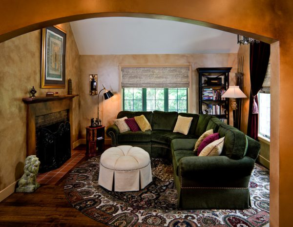 living room decorating ideas and designs Remodels Photos Inner Visions Interiors Bedford Massachusetts United States mediterranean-family-room