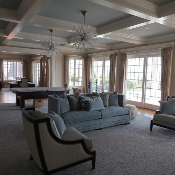 living room decorating ideas and designs Remodels Photos J&L Interiors, LLC Leesburg Virginia United States beach-style-family-room-001