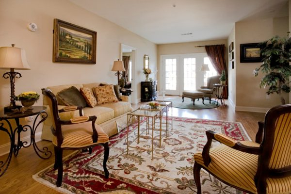 living room decorating ideas and designs Remodels Photos Jane Henderson for Davin Interiors Pittsburgh Pennsylvania United States traditional