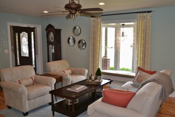 living room decorating ideas and designs Remodels Photos Kelly Brasch Interiors Cary Illinois United States contemporary-living-room