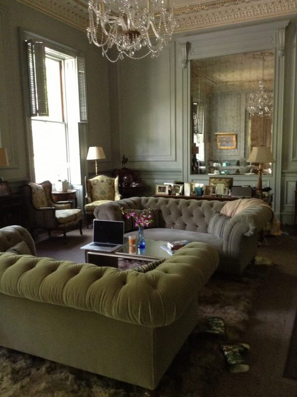 living room decorating ideas and designs Remodels Photos Lisa Davis Interiors Boston Massachusetts United States traditional-living-room-003