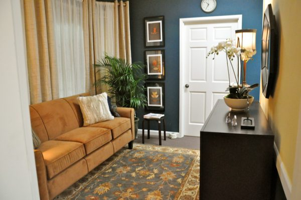 living room decorating ideas and designs Remodels Photos Lisa Quinlan Design for Ethan AllenLynnwoodWashington traditional-home-office