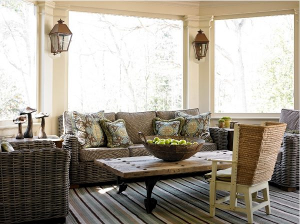 living room decorating ideas and designs Remodels Photos  Liz Williams Interiors Atlanta Georgia United States traditional-porch