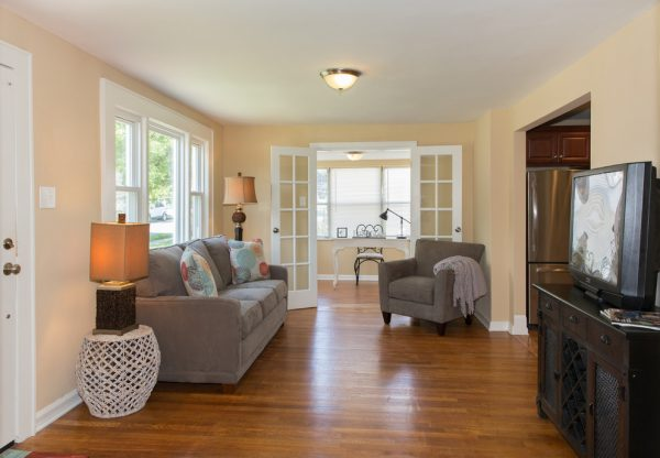 living room decorating ideas and designs Remodels Photos Re-Feather Your Nest Decorating Mt. Freedom New Jersey transitional-living-room-002