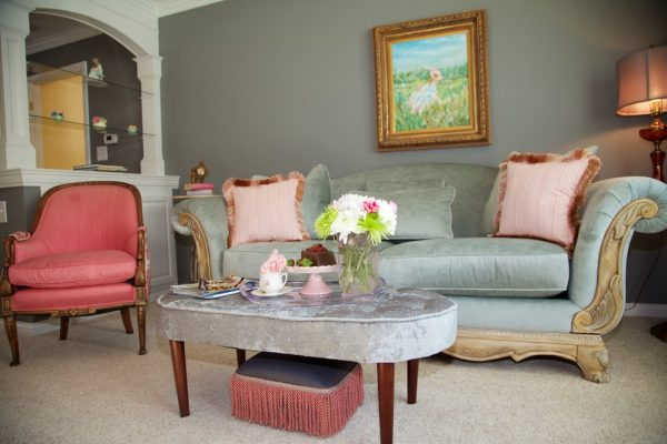 living room decorating ideas and designs Remodels Photos Sassy Green Interiors LLCCarmel Indiana United States traditional-bedroom