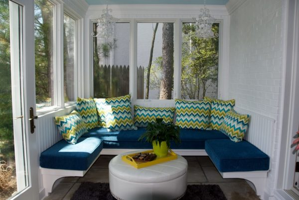 living room decorating ideas and designs Remodels Photos Shaker Interiors Shaker HeightsOhio United States traditional-porch