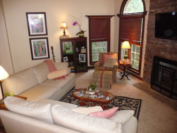 living room decorating ideas and designs Remodels Photos The Practical Decorator Nashville Tennessee United States traditional-005