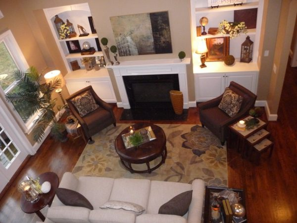 living room decorating ideas and designs Remodels Photos The Practical Decorator Nashville Tennessee United States traditional-living-room