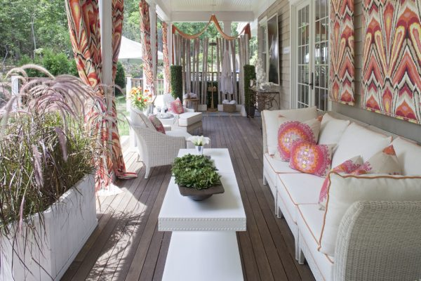 living room decorating ideas and designs Remodels Photos diSalvo Interiors Carle Place New York United States beach-style-porch