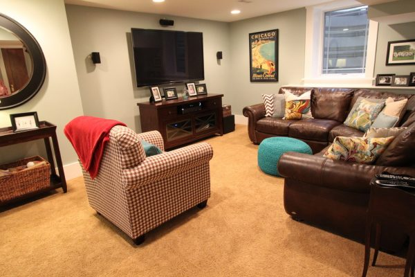 living room decorating ideas and designs Remodels Photos jg interiors Omaha Nebraska United States transitional-basement