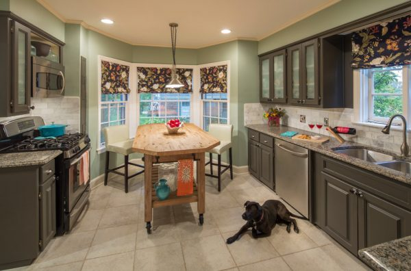 kitchen-decorating-ideas-and-designs-remodels-photos-kanncept-design-inc-rockford-illinois-united-states-traditional-kitchen