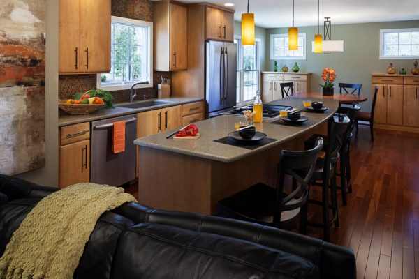 kitchen-decorating-ideas-and-designs-remodels-photos-kittycompany-interior-design-llc-chelsea-michigan-united-states-contemporary-kitchen-001
