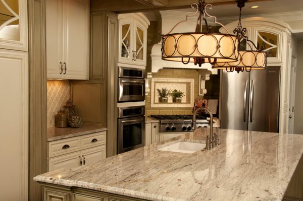 kitchen-decorating-ideas-and-designs-remodels-photos-lm-interior-design-auburn-alabama-united-states-traditional-kitchen