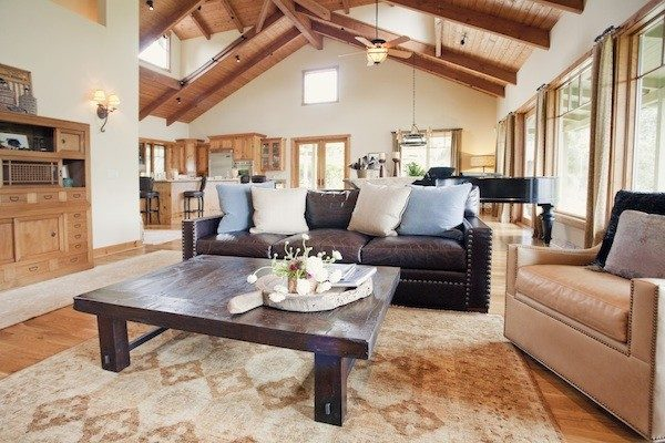 living room decorating ideas and designs Remodels Photos AYI & ASSOCIATES Carmel-by-the-Sea California United States rustic-living-room