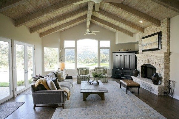 living room decorating ideas and designs Remodels Photos AYI & ASSOCIATES Carmel-by-the-Sea California United States traditional-living-room