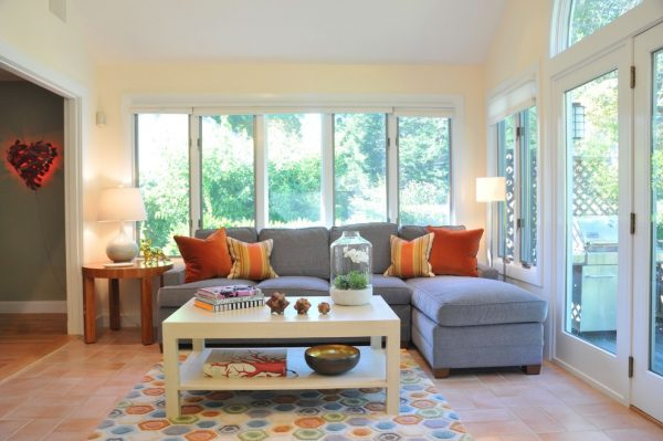 living room decorating ideas and designs Remodels Photos Betsy Bassett interiorsNewtonMassachusetts United States contemporary-family-room