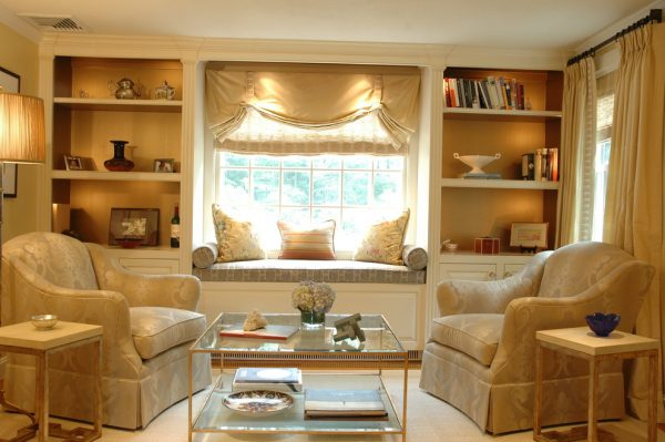 living room decorating ideas and designs Remodels Photos Betsy Bassett interiorsNewtonMassachusetts United States traditional-living-room