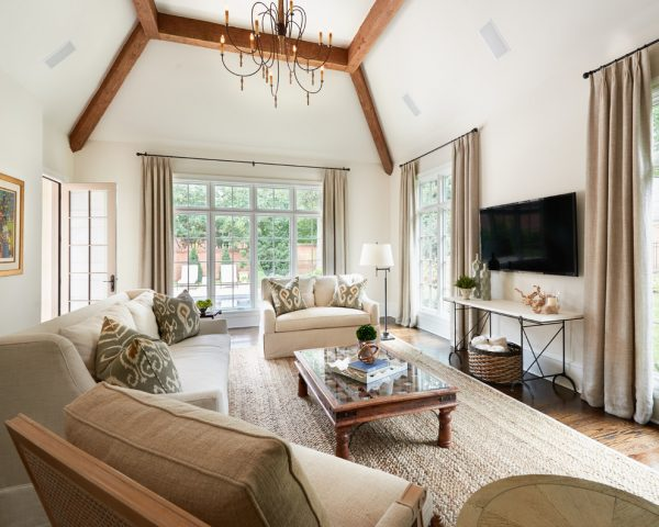 living-room-decorating-ideas-and-designs-remodels-photos-carolina-design-associates-llc-charlotte-north-carolina-united-states-family-room