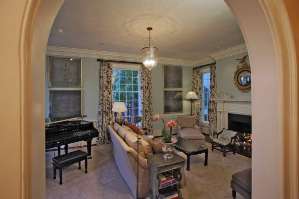 living-room-decorating-ideas-and-designs-remodels-photos-dennison-and-dampier-interior-design-princeton-new-jersey-united-eclectic-living-room