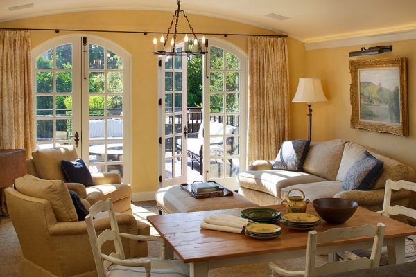 living-room-decorating-ideas-and-designs-remodels-photos-lindy-donnelly-millbrae-california-united-states-traditional