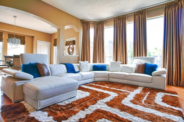 living-room-decorating-ideas-and-designs-remodels-photos-pearl-design-houston-texas-united-states-contemporary-family-room-001