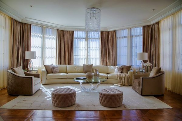 living-room-decorating-ideas-and-designs-remodels-photos-pearl-design-houston-texas-united-states-transitional-living-room