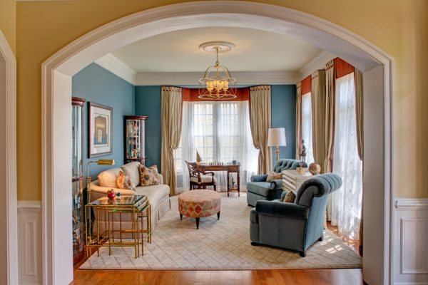 living room decorating ideas and designs Remodels Photos The Decorating Therapist Columbia Maryland United States traditional-living-room-001