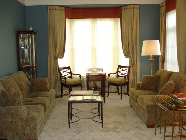 living room decorating ideas and designs Remodels Photos The Decorating TherapistColumbia Maryland United States transitional-living-room