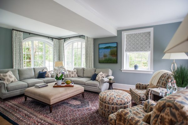 living-room-decorating-ideas-and-designs-remodels-photos-lisa-furey-barefoot-interiors-bluffton-south-carolina-united-states-transitional-family-room