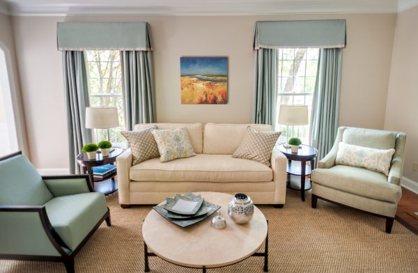 living-room-decorating-ideas-and-designs-remodels-photos-lisa-furey-barefoot-interiors-bluffton-south-carolina-transitional-living-room-003