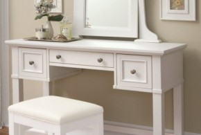 Bedroom Vanity Sets