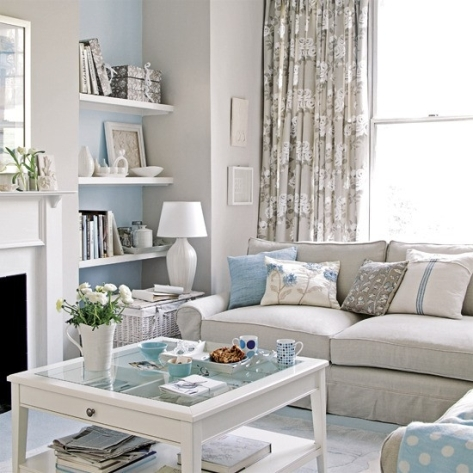 Decorating a Small Apartment Living Room
