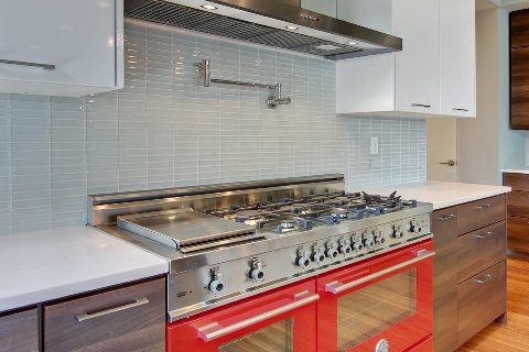 Create a wonderful Backsplash For Contemporary Kitchen
