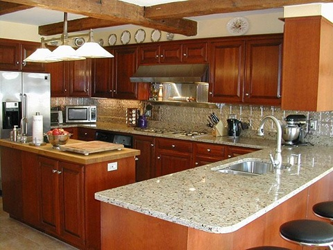 Kitchen Backsplash tiles colors Ideas 14