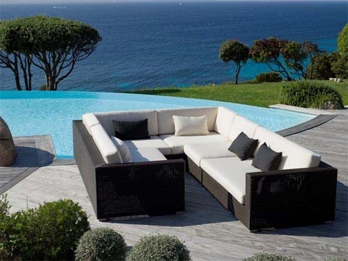 Romantic Chairs furniture for Outdoor and Interior Design